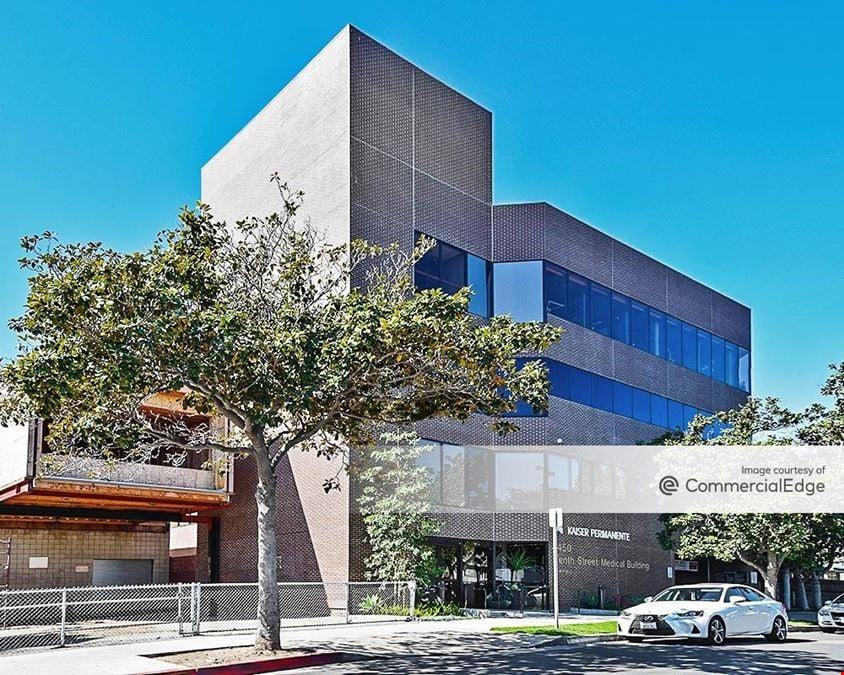 Tenth Street Medical Building