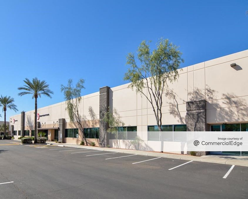 North Loop 101 Business Center - 960 West Behrend Drive & 19810 North 7th Avenue