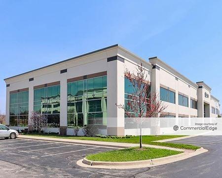 Randall Point Executive Center - 2155 Point Blvd - Elgin