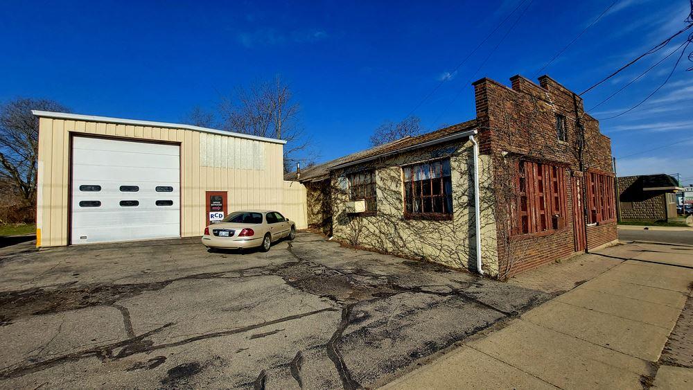 2902 S. Cedar St