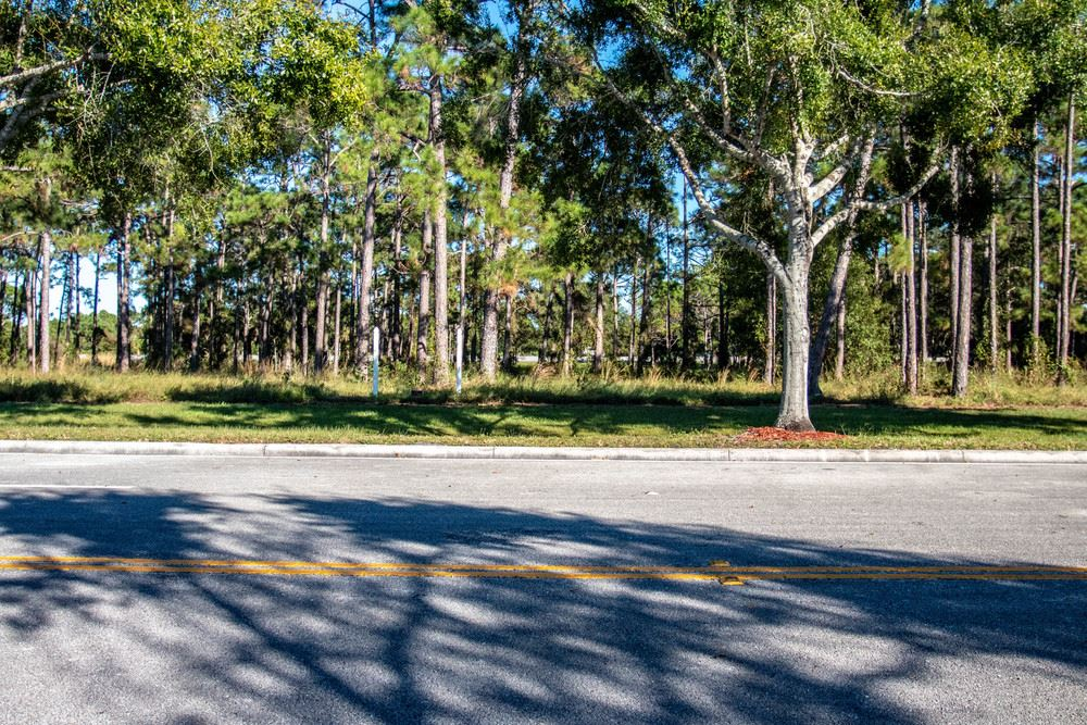 ±2.38 Acres Commercial Land Fronting I-95 For Sale