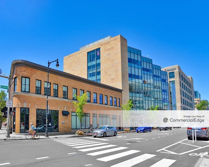250 Massachusetts Avenue