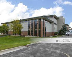 West Wood Health & Fitness Center - Pewaukee