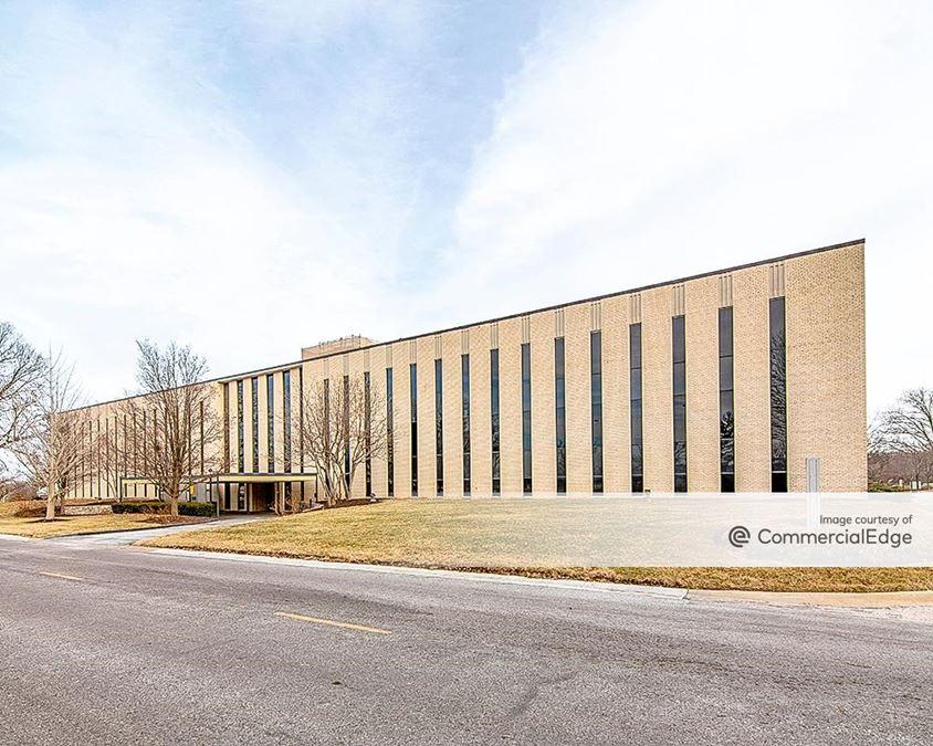 Cloverleaf Office Park - Building 1