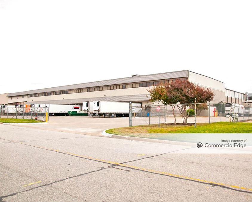 Gillis Building I-III