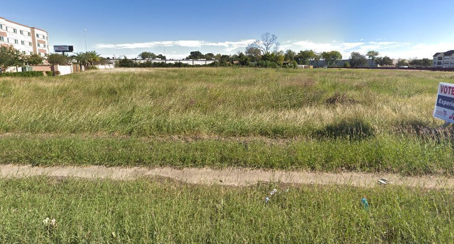 1.5 Acres on Gessner Road at US-290 Easement Access from US-290 & Sign Easement on US-290
