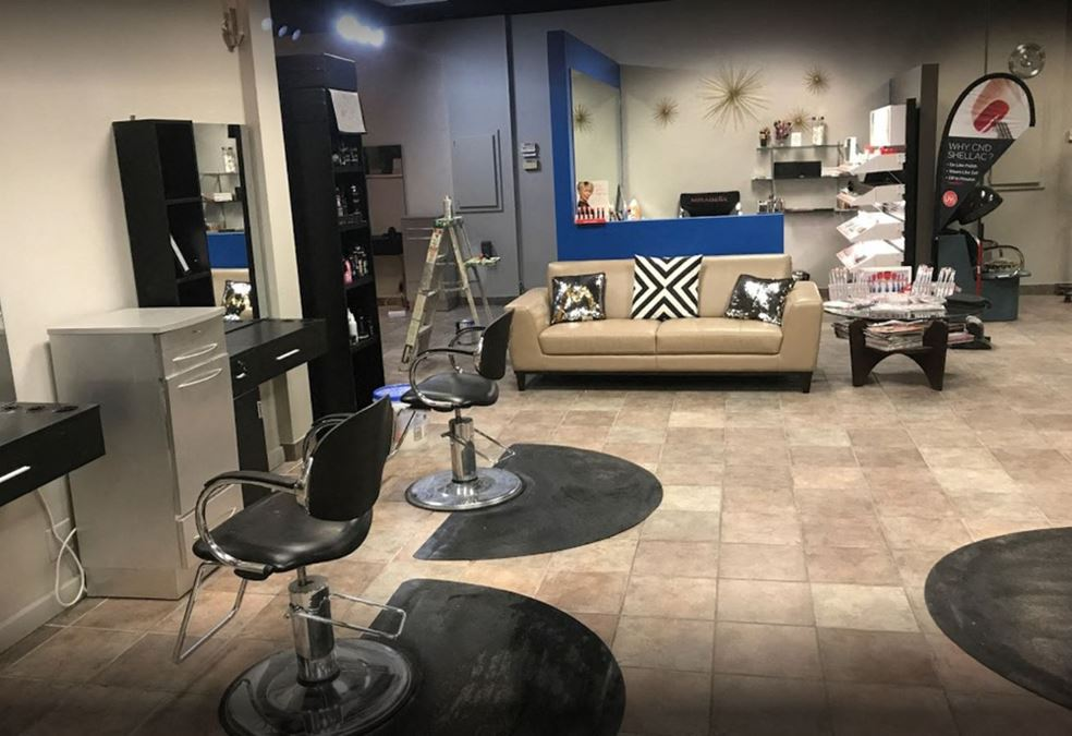 Sublease-Former Salon & Spa Space