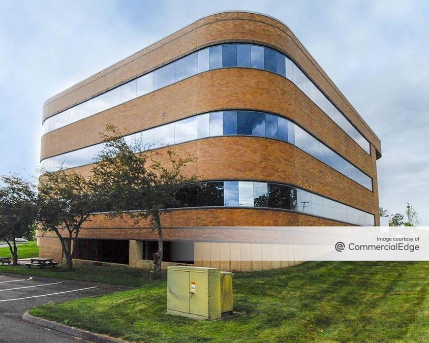 EastPoint Business Center