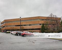 Corporate Hill III - Worthington