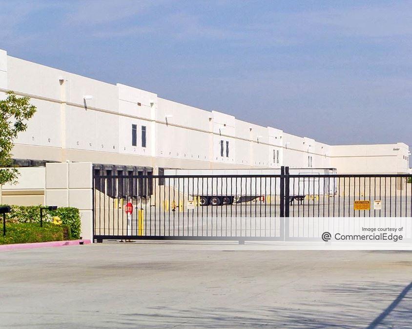 OMP Fontana Distribution Center