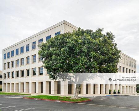 Pacifica Plaza - Irvine