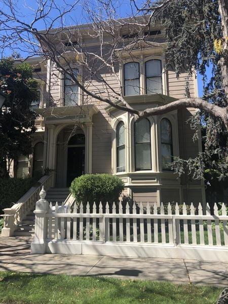 1221 Preservation Park Way - Oakland