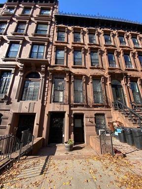 38 8th ave Brooklyn Ny 11217