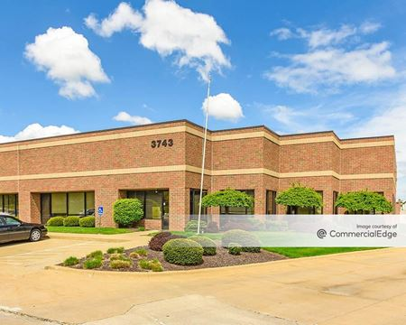 Boettler Oaks Business Center - Uniontown