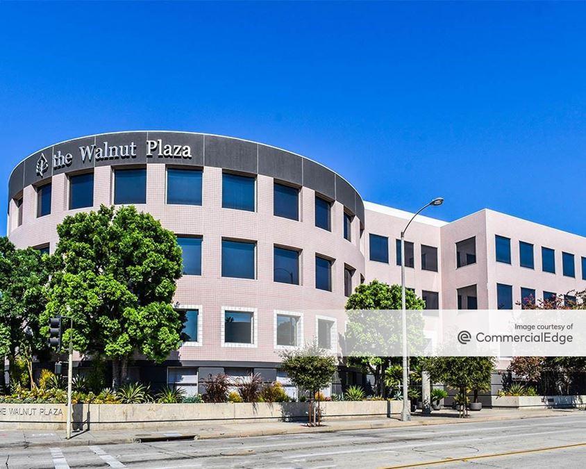 The Walnut Plaza