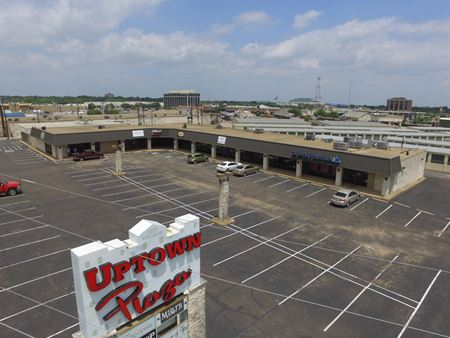 Uptown Plaza Retail Center - Waco