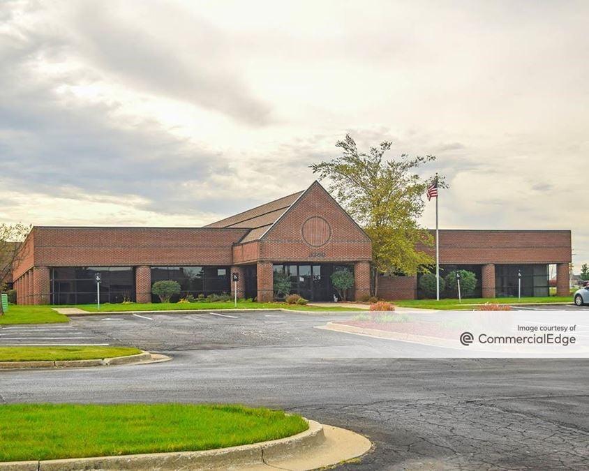 Eaglecrest Office Park - 3260 Eagle Park Drive NE