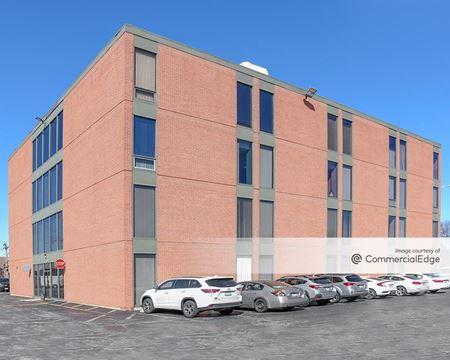 Premier Office Center - 605 East Algonquin Road - Arlington Heights