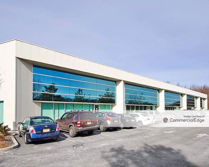 Totowa Commerce Center - 11, 20 & 29 Commerce Way