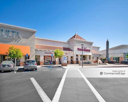Bridgepointe Shopping Center - San Mateo