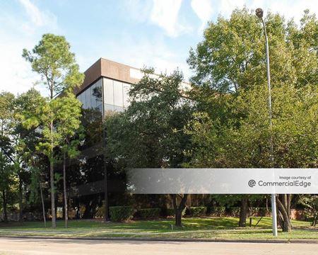 2200 North Loop West - Houston