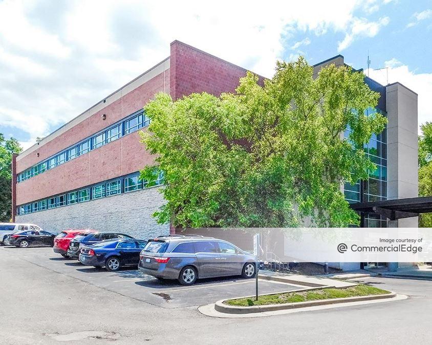 Cushing Medical Plaza