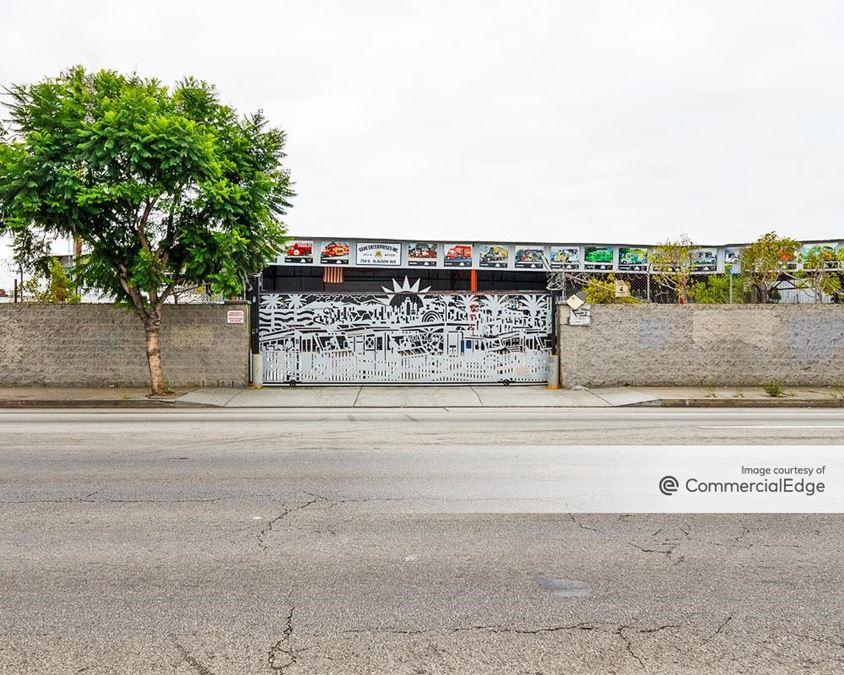 750 East Slauson Avenue