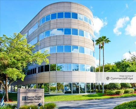 Town & Country Corporate Center - Miami