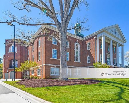 4 Vanderbilt Park Drive - Asheville