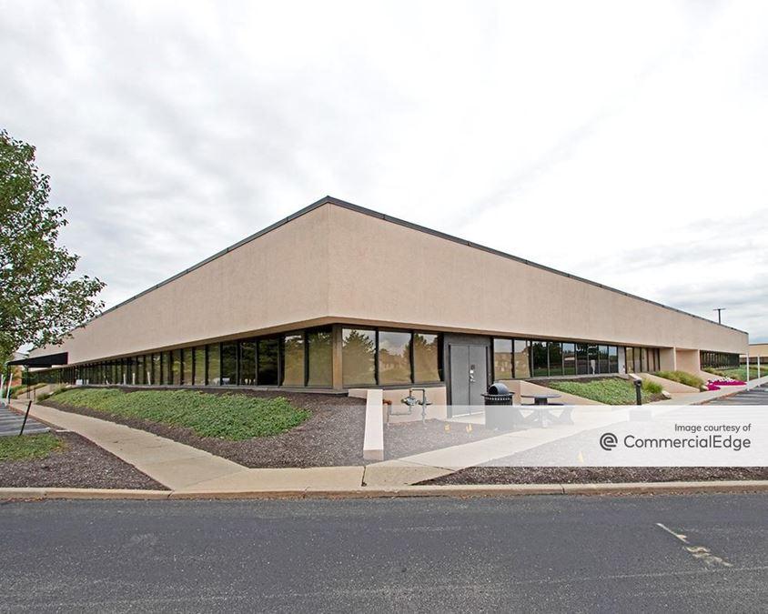 Shadeland Station Office Park - 7155 Shadeland Station Way