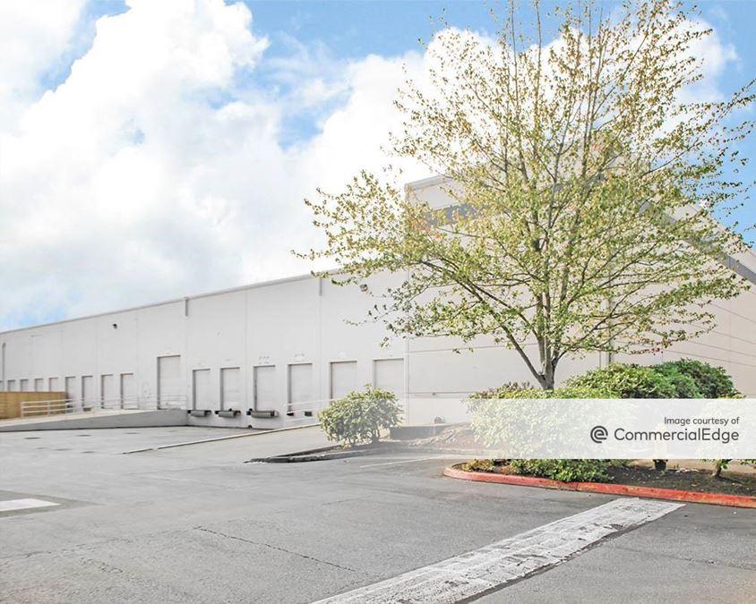 Van Doren's Landing Center - 23500 64th Avenue South & 23315 66th Avenue South
