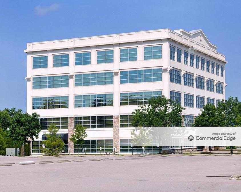 2317 Alumni Park Plaza