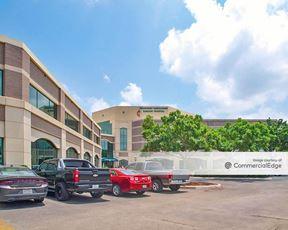 Huebner Medical Center - San Antonio