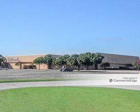 Golden Triangle Mall - Dillard's