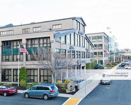 Cummings Center - 100 - Beverly
