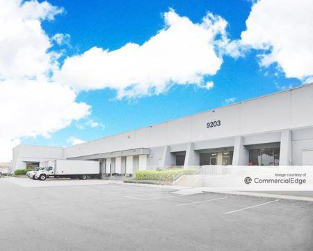 Sabal Park Distribution Center - Building 1200 - Tampa