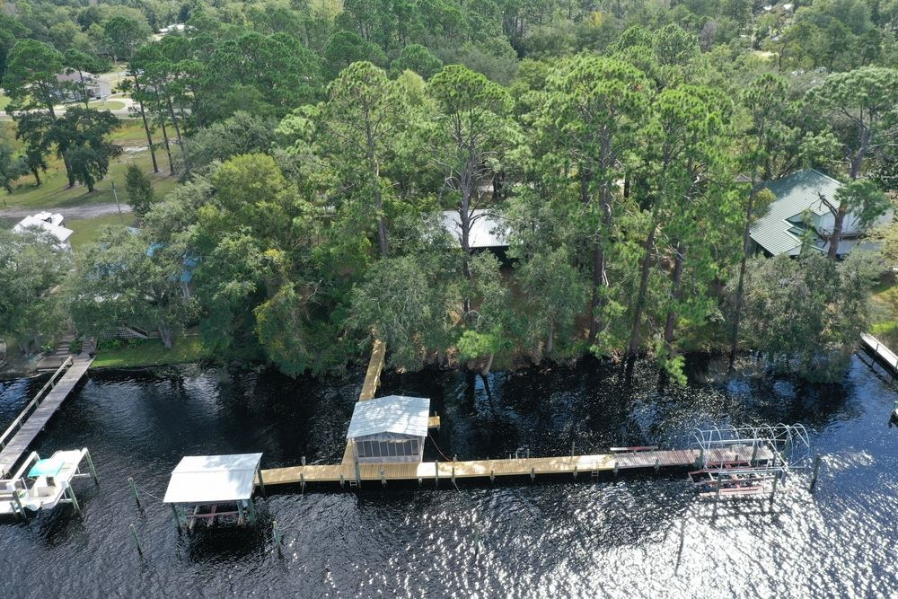Carrabelle River Cottage