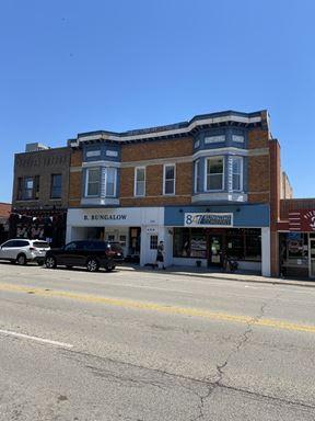 406-410 N Milwaukee Avenue, Libertyville