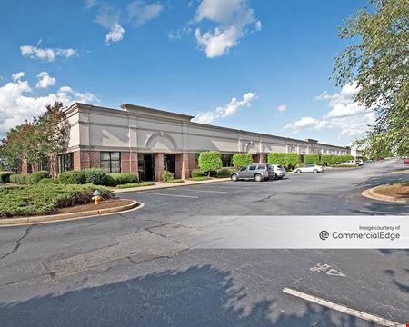 Pelham at Hyland Business Center - Greenville