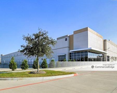 Greens Crossing Distribution Center - Buildings 4 & 5 - Houston