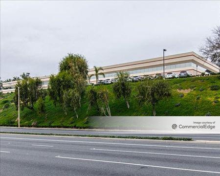 Lindero Corporate Center - Westlake Village