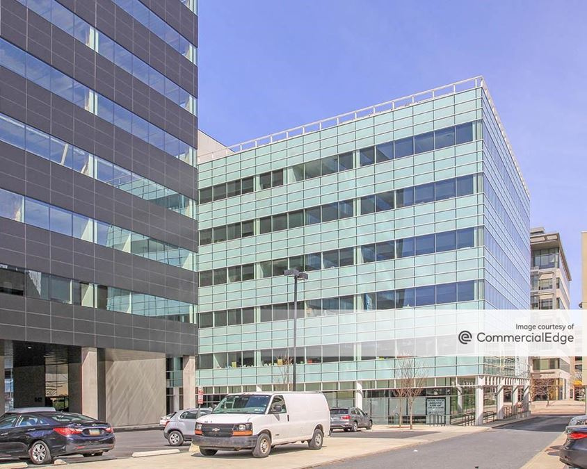 Butz Corporate Center - 842 West Hamilton Street
