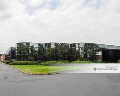 Broadhollow Corporate Center - Melville
