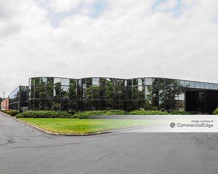 Broadhollow Corporate Center - Melville