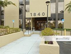 Palm Springs Center - Hialeah