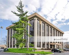CBank Office Park - 8040 & 8050 Hosbrook Road - Cincinnati