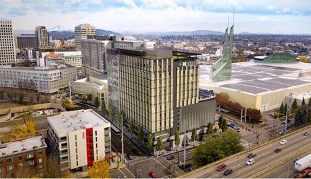 100 Multnomah Building - Portland