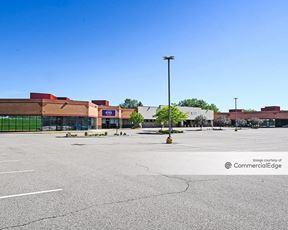 Salem Square Shopping Center