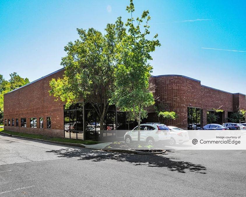 Horizon Center - 100-300 & 500 Horizon Drive