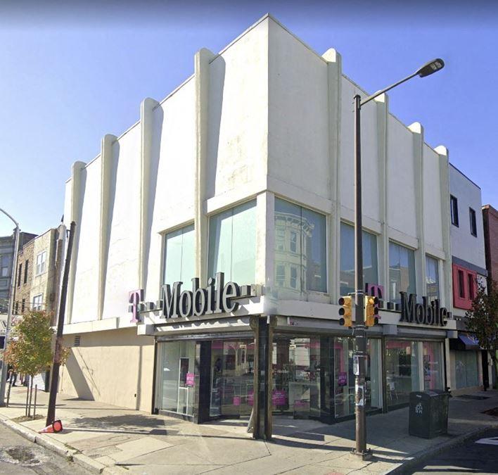 Premier Retail Corner Space on South St